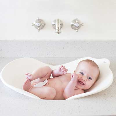 Puj Flyte - Compact Baby Bathtub - Infant, Newborn, 0-6 Month