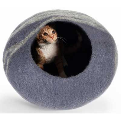 Twin Critters Handcrafted Cat Cave Bed
