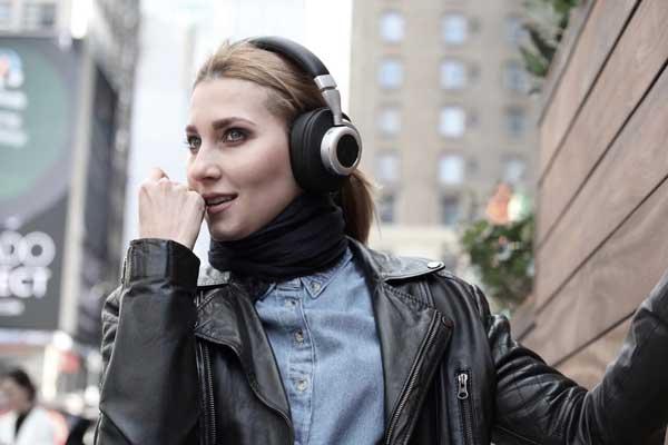 best noise canceling headphones reviews