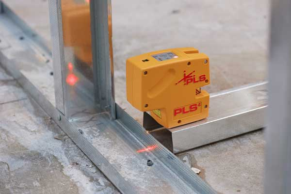 PLS 4 Red Cross Line Laser Level with Plumb