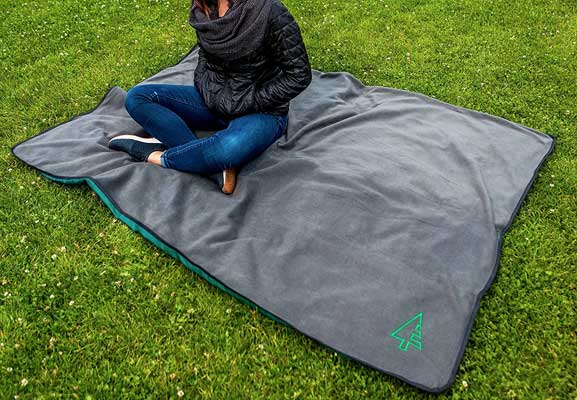 Evergreen Outdoor Blanket