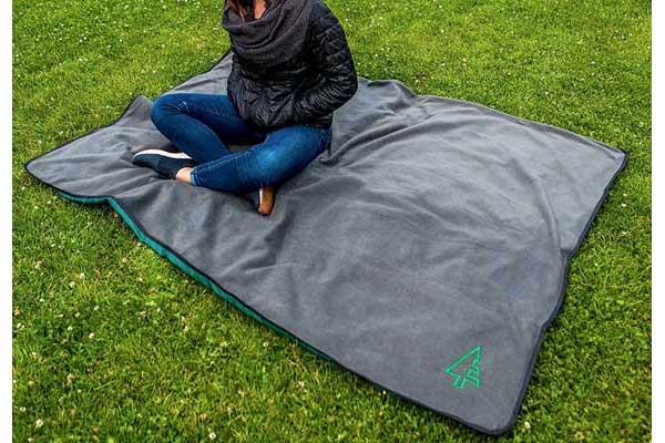best picnic blanket reviews