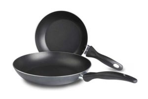best omelet pans reviews